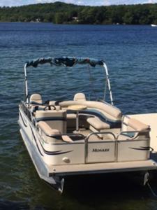 monark-pontoon-boat